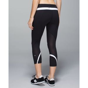 Lululemon Run Inspire Crop Legging Soulcycle Black